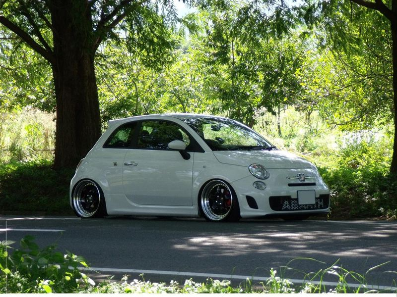 slammed fiat 500 abarth with Parts on 265 Fiat 126p Tuning Wallpaper 2 besides CmV0cm8gd2hlZWxzIGZpYXQgNTAwIGl0YWxpYW4 together with 500 500c Abarth likewise Peugeot 306 Dturbo further 108466 Pontiac Aztek Gains Traction Millennials Breaking Bad Role.