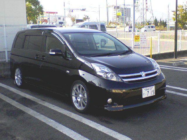 トヨタ・アイシスの画像 p1_25