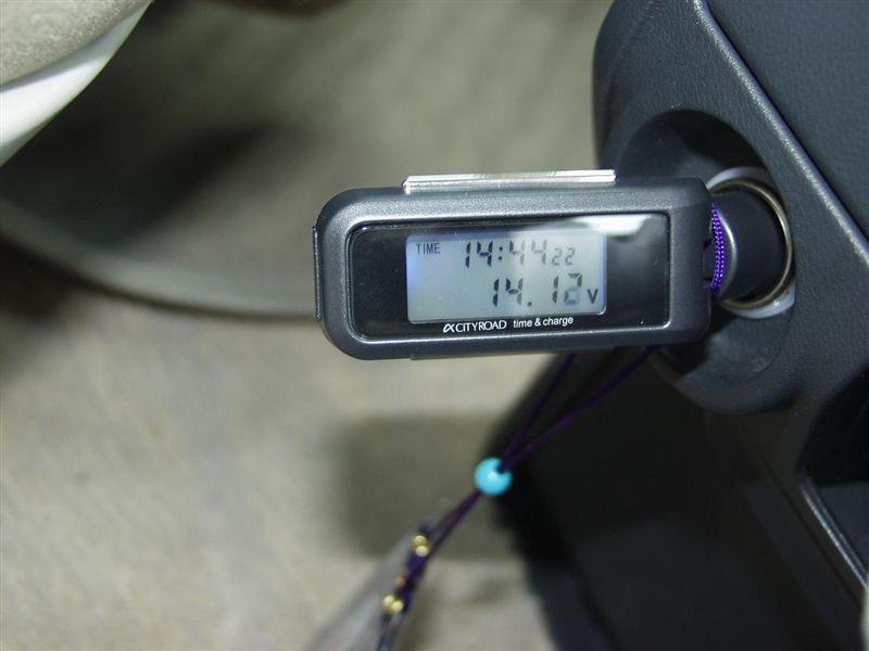 電圧計 温度計 時計機能 ボルテージメーター USB充 …