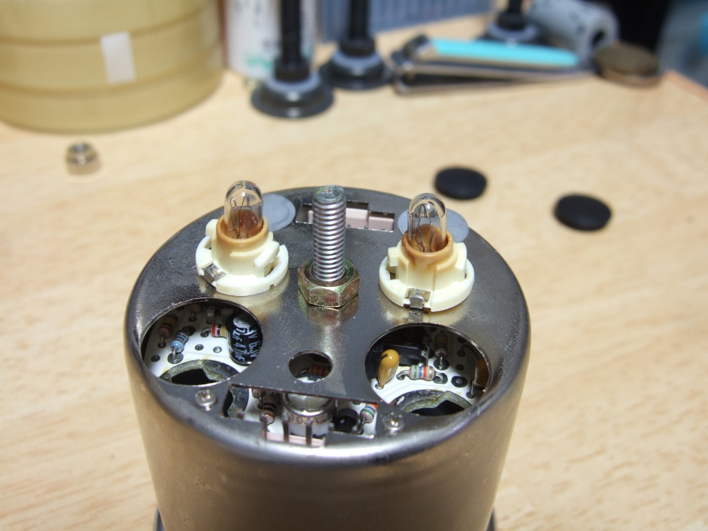 ブーストメーターイルミ、LED化。其の① 【Y34】