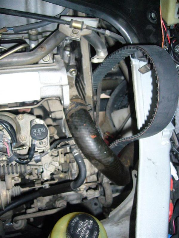 WL-Tエンジン タイミングベルト交換と補機駆動ベルト交換
