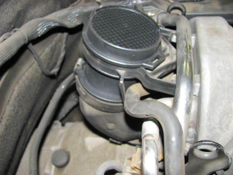 メルセデスベンツ W220 S320 99y クランクポジションセンサー、エアマスセンサー交換