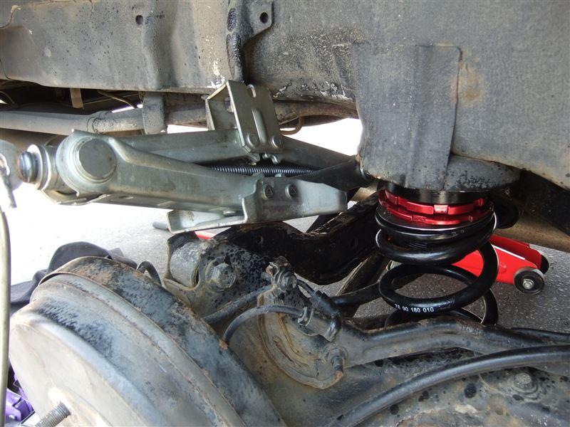 ラルグス車高調  PNC24  リアのショック脱着、長さ調整、車高調整