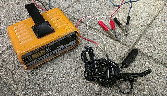 バッテリー充電ケーブル製作