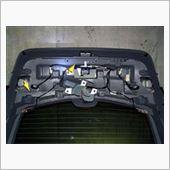 リヤハッチ(バックドア)異音の完治修理の画像
