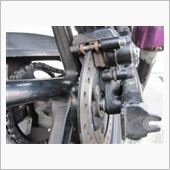 ブレーキキャリパー、ドリブンスプロケット掃除 3