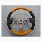 Leather Custom FIRST Z33純正ベースカスタムステアリングの画像