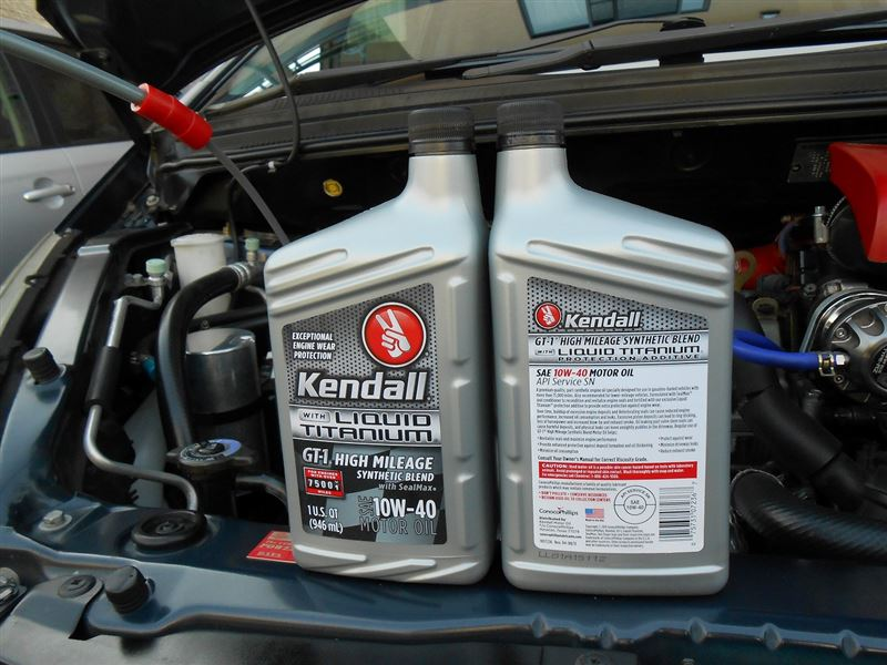 Kendall Gt 1 High Mileage Synthetic Blend Engine Oil With Liquid Titanium 10w 40 Colt Ralliart