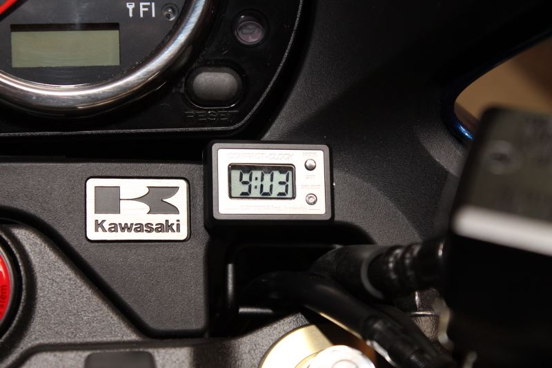 自転車の 自転車 バックライト : クロック(BK) ELバックライト ...