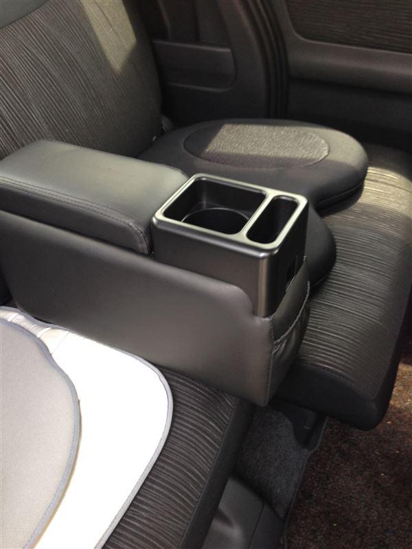 Tomboy / 錦産業 コンソールボックスLED EF-2001 座席用スリム ブラック