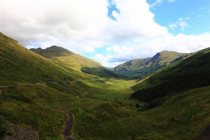 [大きい写真で見る]スコットランド郊外 ハイランド地方の山々  スコットランド旅行 その4|フォ