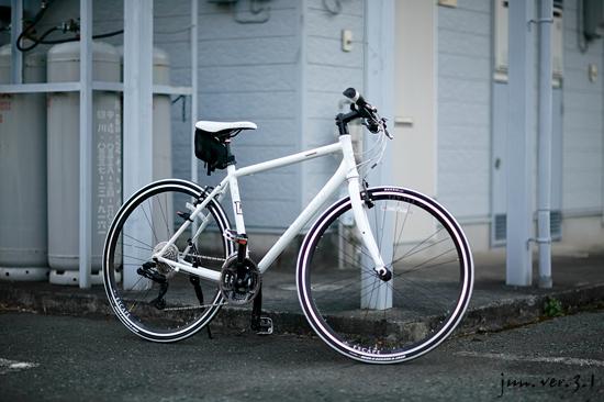 会社の同僚の自転車 In Color ...