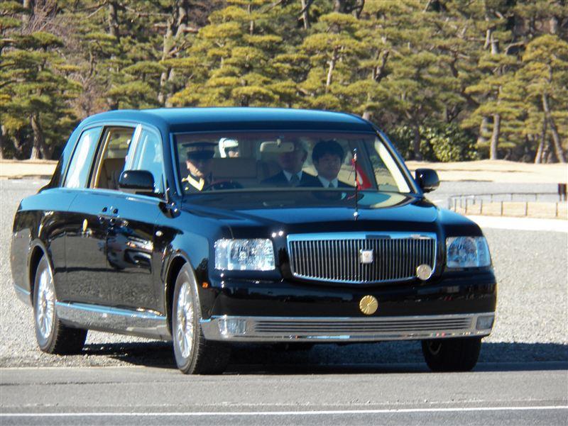 トヨタセンチュリーロイヤルです。この御料車専用車種は日本の中で最高位の... The life