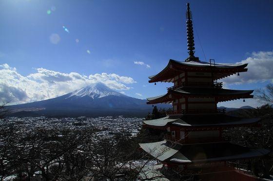 > その他 富士山と富士吉田の夜景を一望できる穴場夜景スポットです。 特にあずま屋