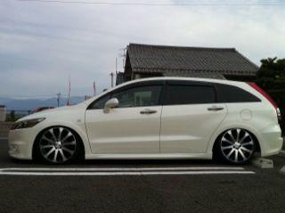 ホンダ・ストリーム (自動車)の画像 p1_1