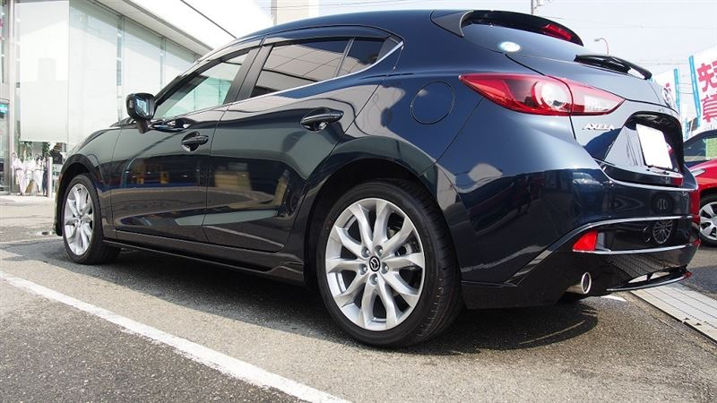 Mazda 3 appearance package