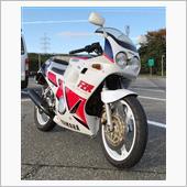 Niiさんの愛車:ヤマハ FZR250